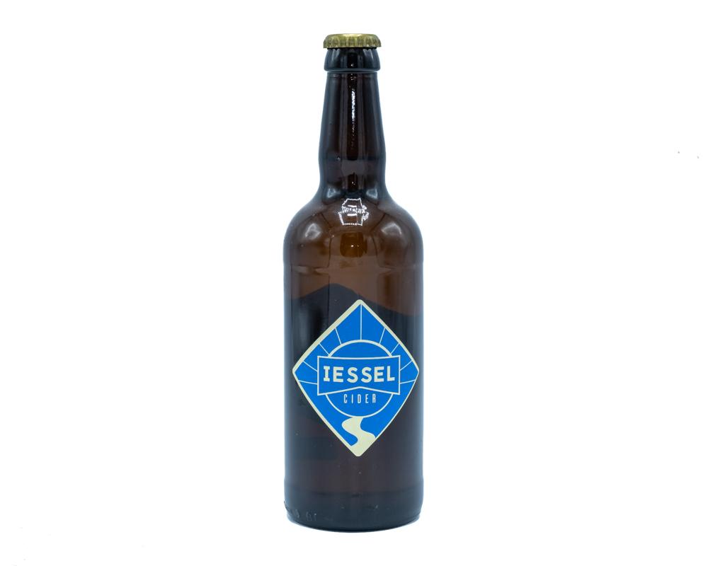 Ben je op zoek naar de heerlijke IESSEL Cider? Kom dan langs bij Het Bouwhuis in Deventer of bestel de cider in onze webshop