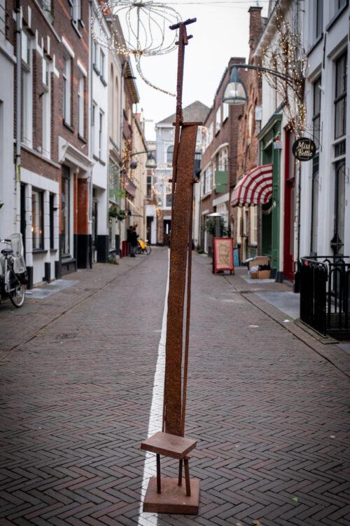 Bekijk de kunstwerken van Herbert Nouwens en meer kunstenaars bij Het Bouwhuis in Deventer. We hebben een wisselende kunstcollectie.